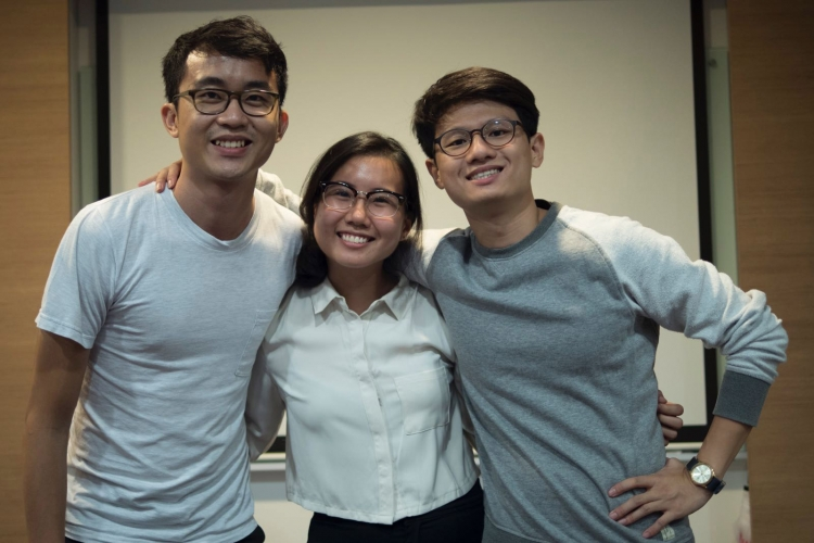 Together with his friends Chong Kai Yan and Matthew Yang, Zachary Tang produced Windmill for 20/20: The Temasek Short Film Project - a commissioned film series sponsored by Temasek International Private Limited.